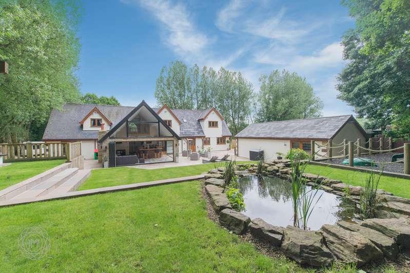 7 Bedrooms Detached House for sale in Lady Bridge Lane, Bolton, Lancashire, BL1