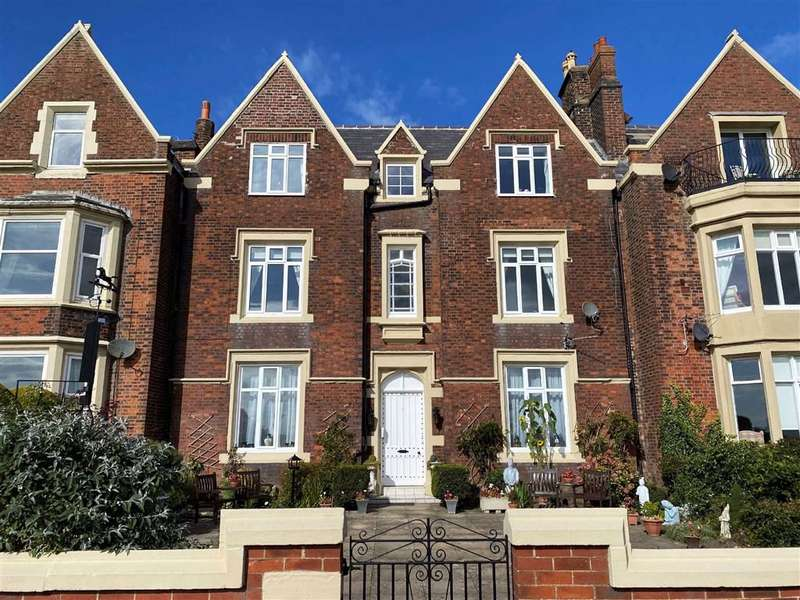 3 Bedrooms Apartment Flat for sale in East Beach, Lytham