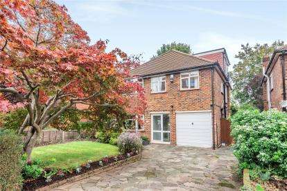 5 Bedrooms Detached House for sale in Shortlands Grove, Bromley
