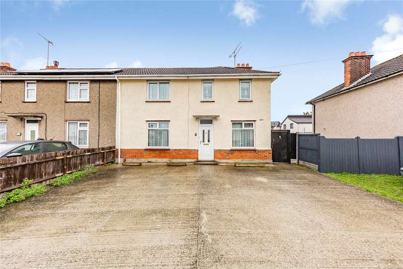 3 Bedrooms Semi Detached House for sale in West Avenue, Chelmsford, CM1