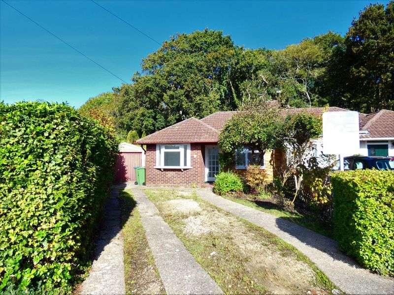 3 Bedrooms Property for sale in Oakdown Road Stubbington, Fareham