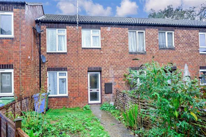 3 Bedrooms Terraced House for sale in Goldfinch Close, , Faversham, Kent