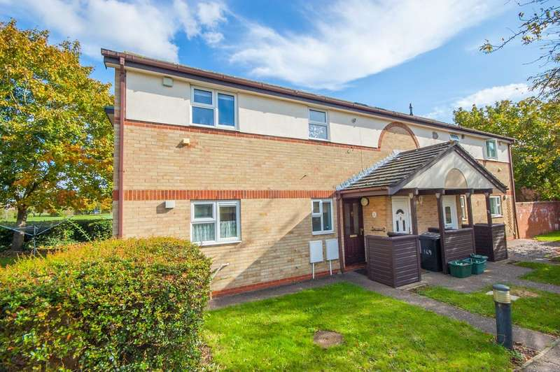 2 Bedrooms Maisonette Flat for sale in Pollards Green, Chelmer Village, Chelmsford, CM2