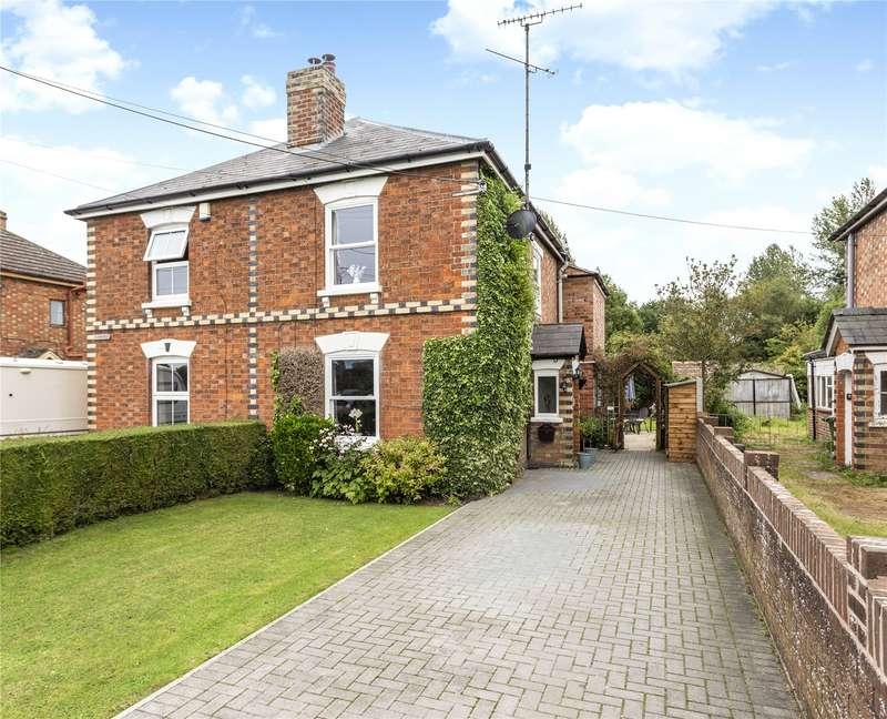 3 Bedrooms Semi Detached House for sale in Moor Street, Saul, Gloucester, Gloucestershire, GL2