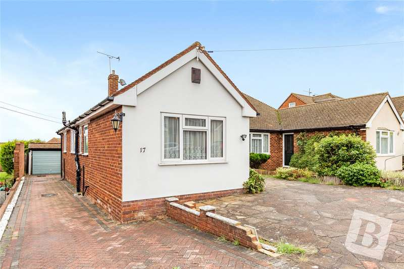 3 Bedrooms Semi Detached Bungalow for sale in Coutts Avenue, Shorne, Gravesend, DA12