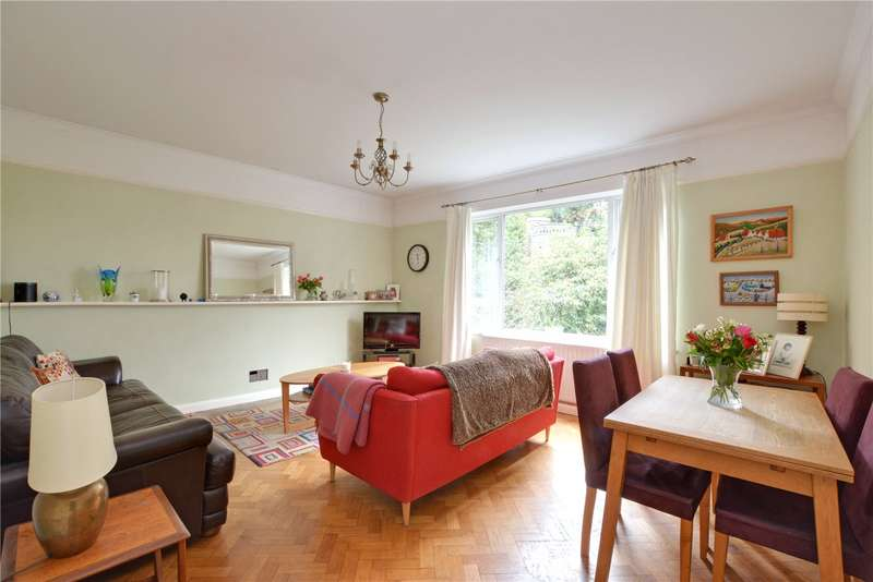5 Bedrooms Maisonette Flat for sale in Rodwold, Susan Wood, Chislehurst, BR7