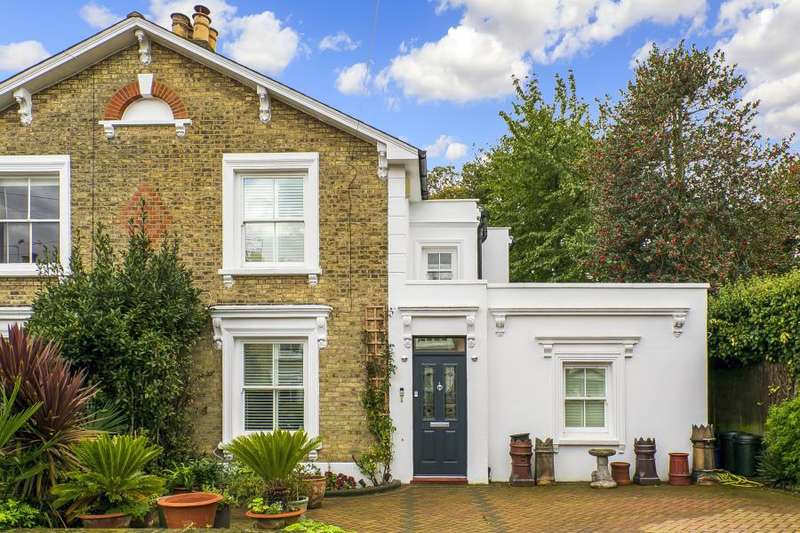 4 Bedrooms Semi Detached House for sale in Townshend Terrace, Richmond