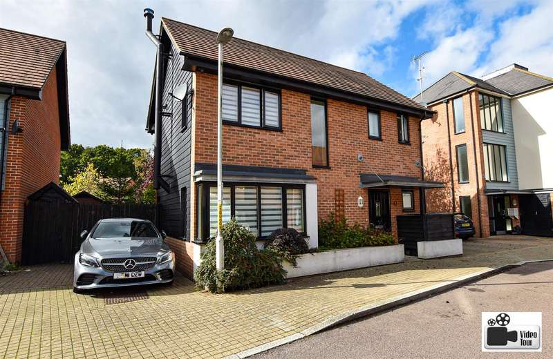 3 Bedrooms Detached House for sale in Teddington Drive, Leybourne, West Malling