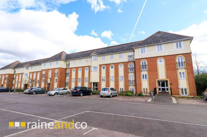 2 Bedrooms Flat for sale in Walsingham Close, Hatfield, AL10