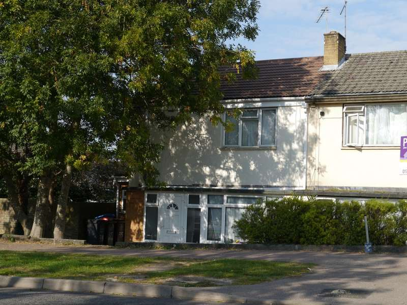 3 Bedrooms Terraced House for rent in Bishops Rise, Hatfield, AL10