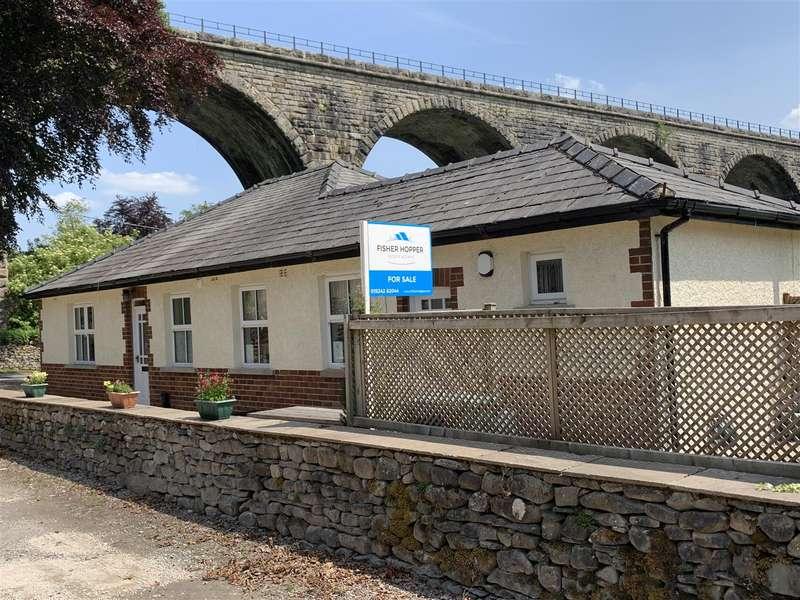 3 Bedrooms Detached Bungalow for sale in Holme Lea, Ingleton