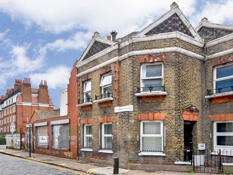5 Bedrooms Terraced House for rent in Raven Row, Whitechapel E1