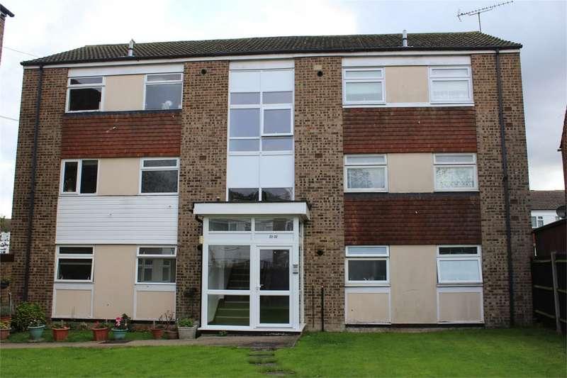 1 Bedroom Flat for sale in Mersham Court, Wakeley Road, RAINHAM, Kent