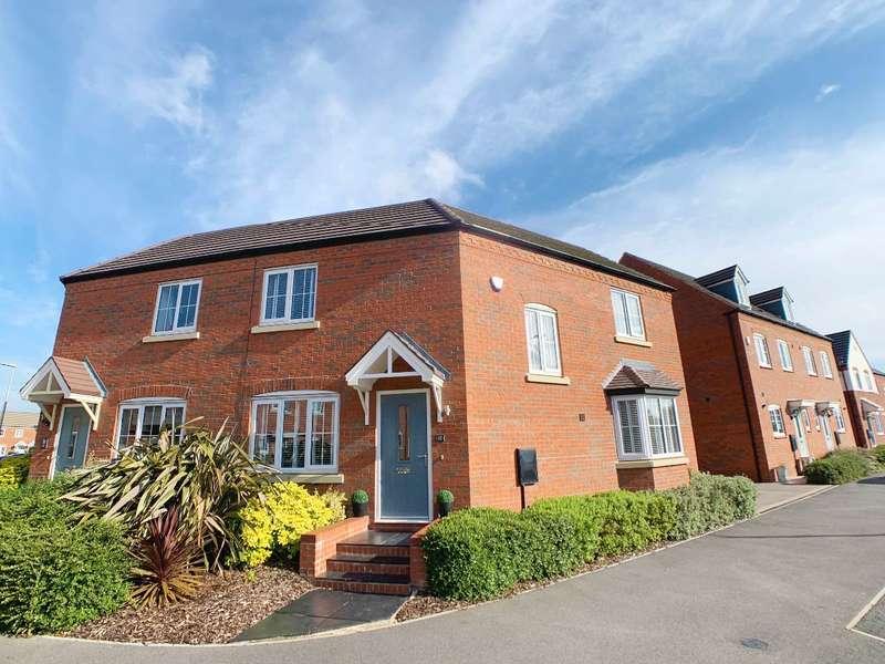 3 Bedrooms Semi Detached House for sale in John Scott Way, Chase Meadow, Warwick