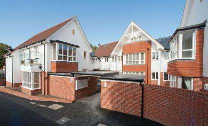 2 Bedrooms Flat for sale in Latimer Street, Romsey, Hampshire