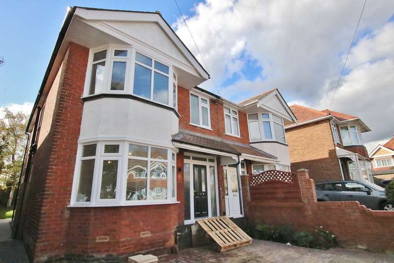 4 Bedrooms Semi Detached House for sale in 57 Dawlish Avenue, Upper Shirley, Southampton, Hampshire, SO15 5HQ