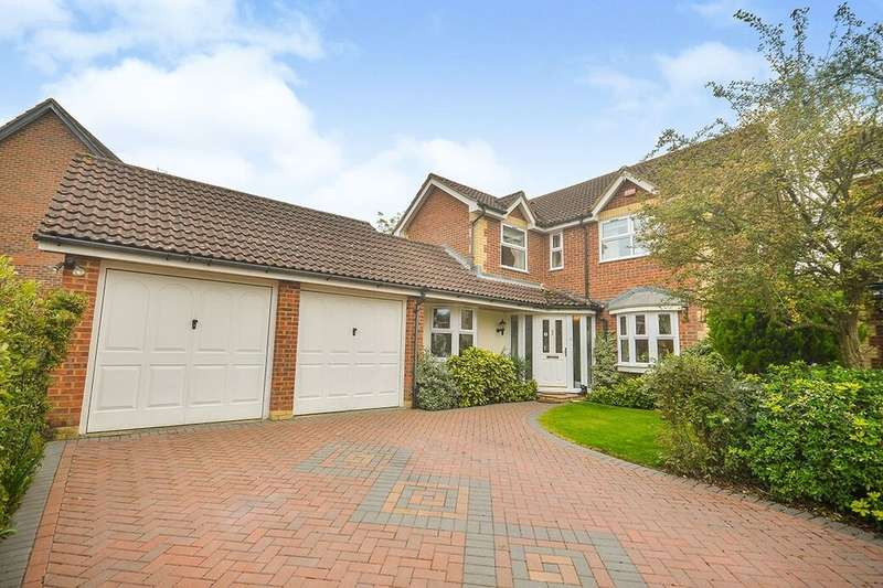 4 Bedrooms Detached House for sale in Bell Chapel Close, Kingsnorth, Ashford, TN23