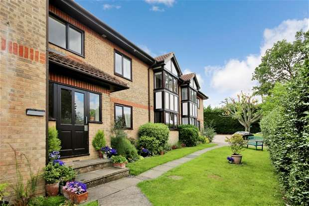 1 Bedroom Flat for sale in Westfield Road, Harpenden