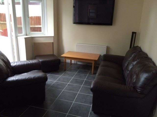 1 Bedroom House Share for rent in Daventry Road, Coventry