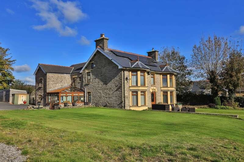 5 Bedrooms Detached House for sale in Gwerthonor House, Gilfach, Bargoed