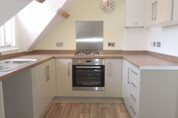 1 Bedroom Property for rent in Epsom Rd, Town Centre