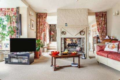 3 Bedrooms Detached House for sale in Baron Fold, Rossendale, Lancashire, BB4