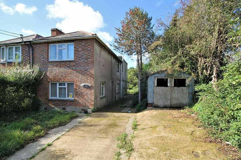 4 Bedrooms Semi Detached House for sale in Havenstreet, Isle of Wight