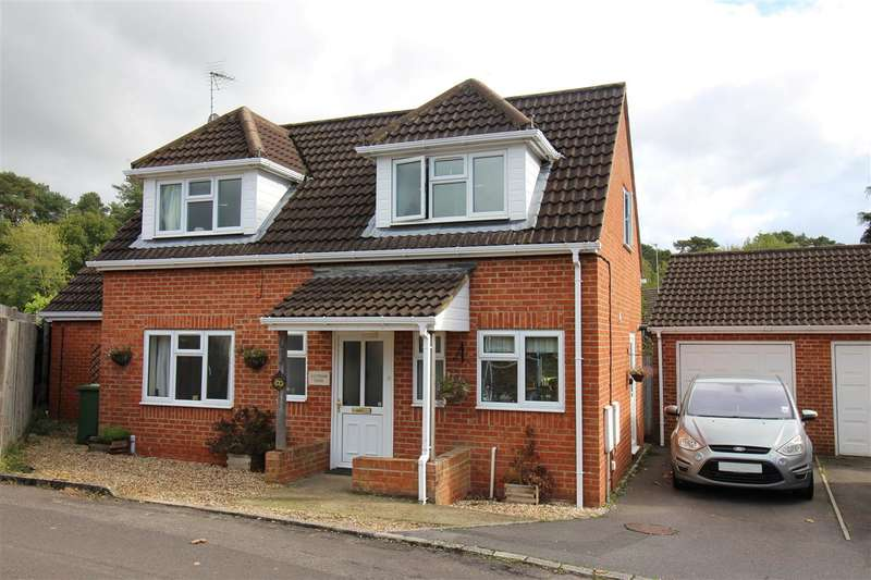 4 Bedrooms Detached House for sale in Lytham Close, Whitehill
