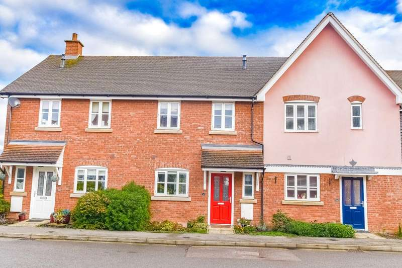 3 Bedrooms Terraced House for sale in 16 Weavers Close, Dunmow