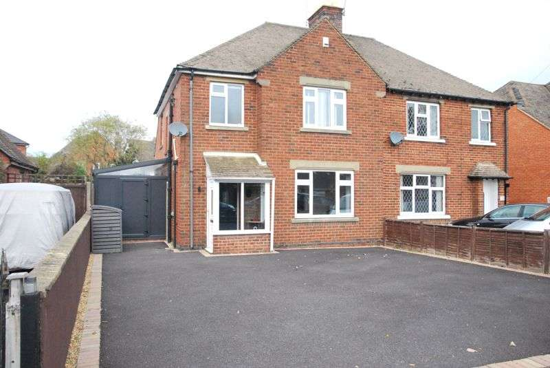 3 Bedrooms Property for sale in Cheltenham Road, Gloucester