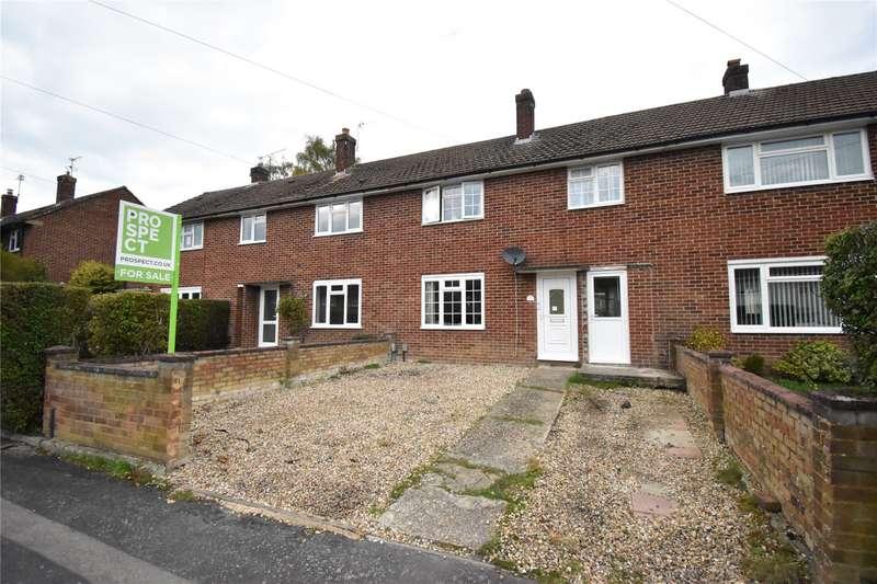 3 Bedrooms Terraced House for sale in Neville Duke Road, Farnborough, Hampshire, GU14