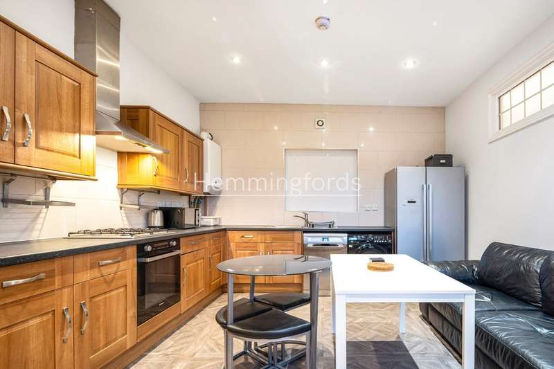 4 Bedrooms Flat for rent in Camden Road, London, N7