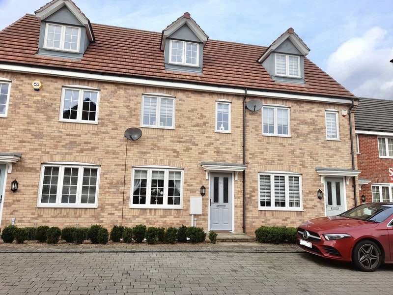 3 Bedrooms Terraced House for sale in Buckland Close, Sutton-in-Ashfield, Nottinghamshire, NG17