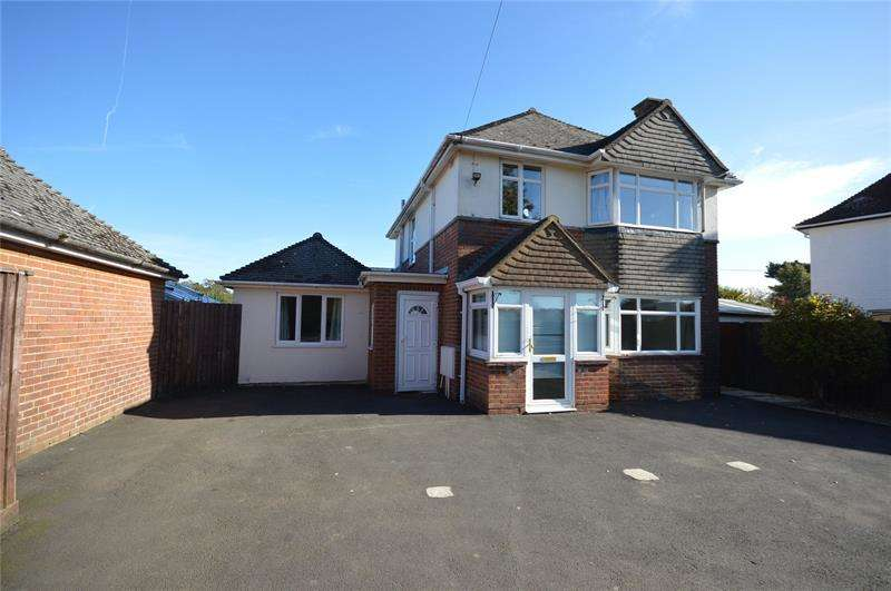 4 Bedrooms Detached House for sale in Ramley Road, Lymington, SO41