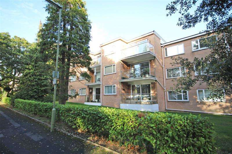 2 Bedrooms Apartment Flat for sale in Spencer Road, New Milton, BH25