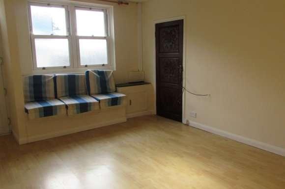1 Bedroom Property for rent in Woodbridge Road