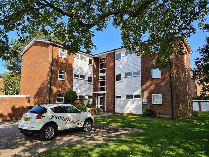 2 Bedrooms Flat for rent in Bolleynwood Court, Lacey Green Road, WILMSLOW