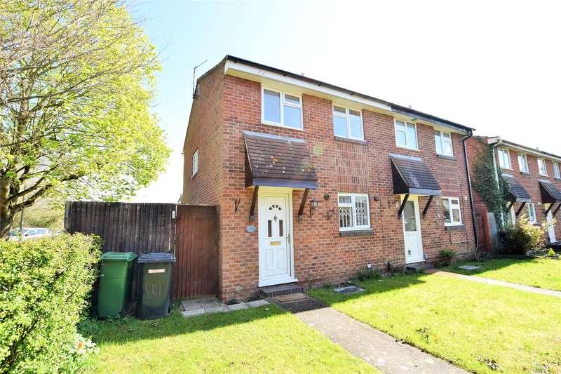 3 Bedrooms Semi Detached House for rent in Colliston Walk, Calcot, Berkshire, RG31
