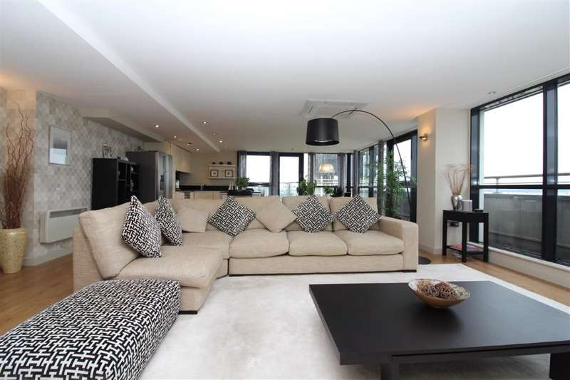 2 Bedrooms Penthouse Flat for sale in Apartment 143 Tempus Tower, 9 Mirabel Street, Manchester, Greater Manchester
