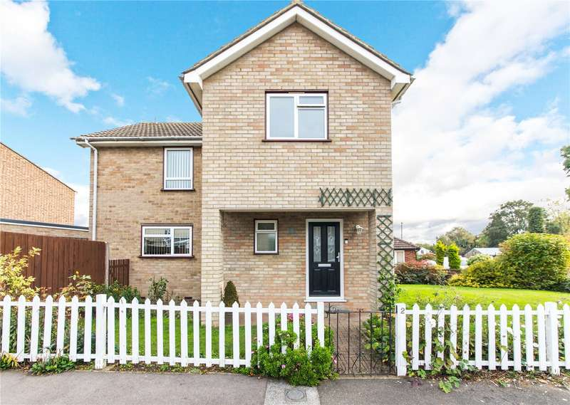 3 Bedrooms Detached House for sale in Stanford Way, Cuxton, ME2