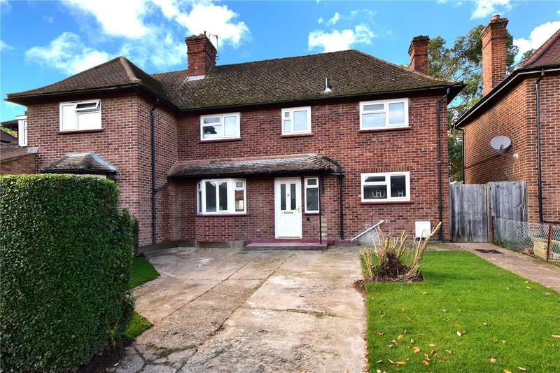 3 Bedrooms Semi Detached House for sale in Middleton Road, Rickmansworth, Hertfordshire, WD3