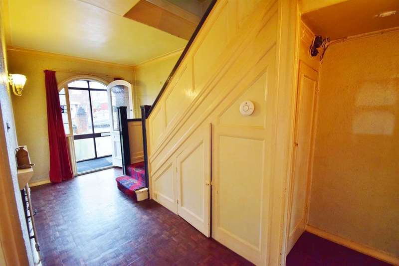 4 Bedrooms Semi Detached House for sale in Reeth Road, Linthorpe, TS5 5JU