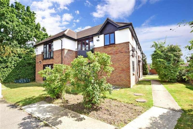 1 Bedroom Flat for sale in Compton Terrace, , Wickford, Essex