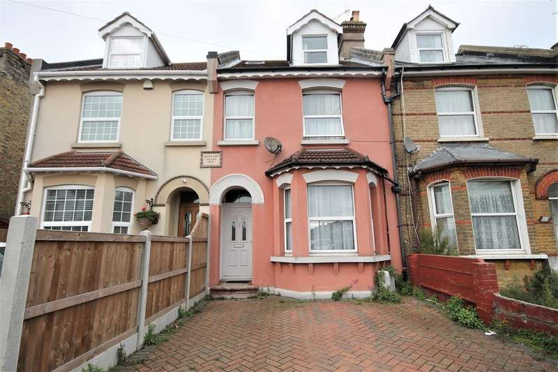 4 Bedrooms Terraced House for sale in Rosemary Road West, Clacton on Sea