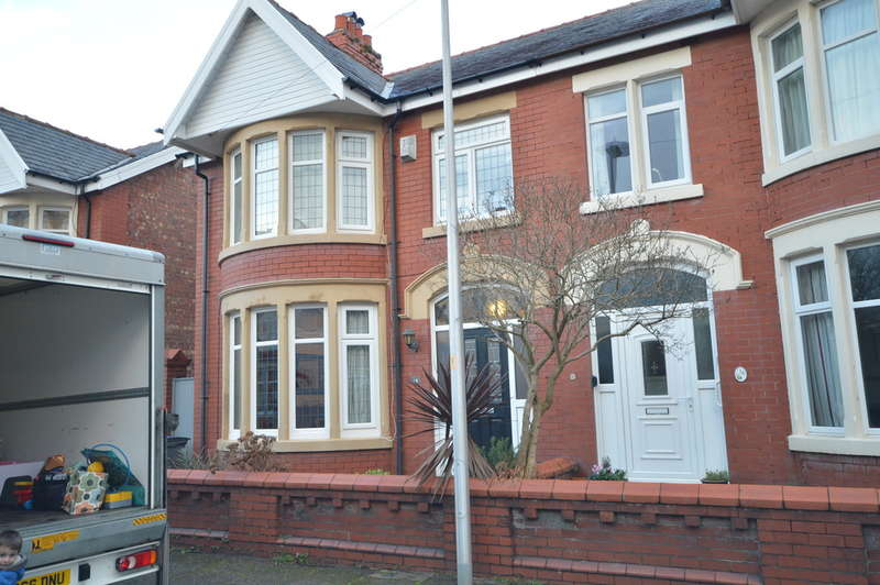 3 Bedrooms Semi Detached House for rent in Kingsway, South Shore