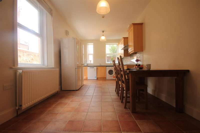8 Bedrooms Terraced House for rent in Cavendish Place, Jesmond
