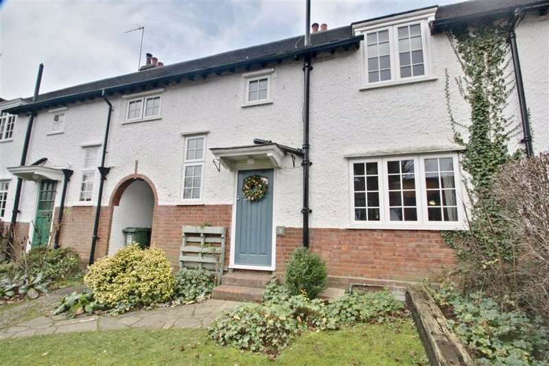 3 Bedrooms Terraced House for sale in Greenway, Berkhamsted, Hertfordshire