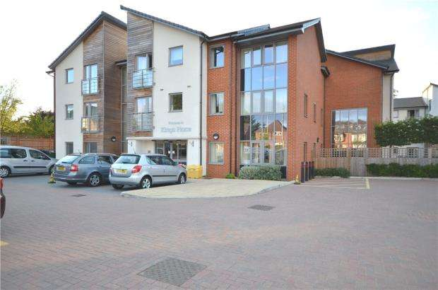 1 Bedroom Apartment Flat for sale in Kings Place, Fleet