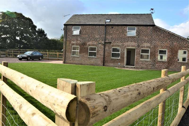 3 Bedrooms Unique Property for rent in Swallow Barn, Glaziers Lane, Culcheth