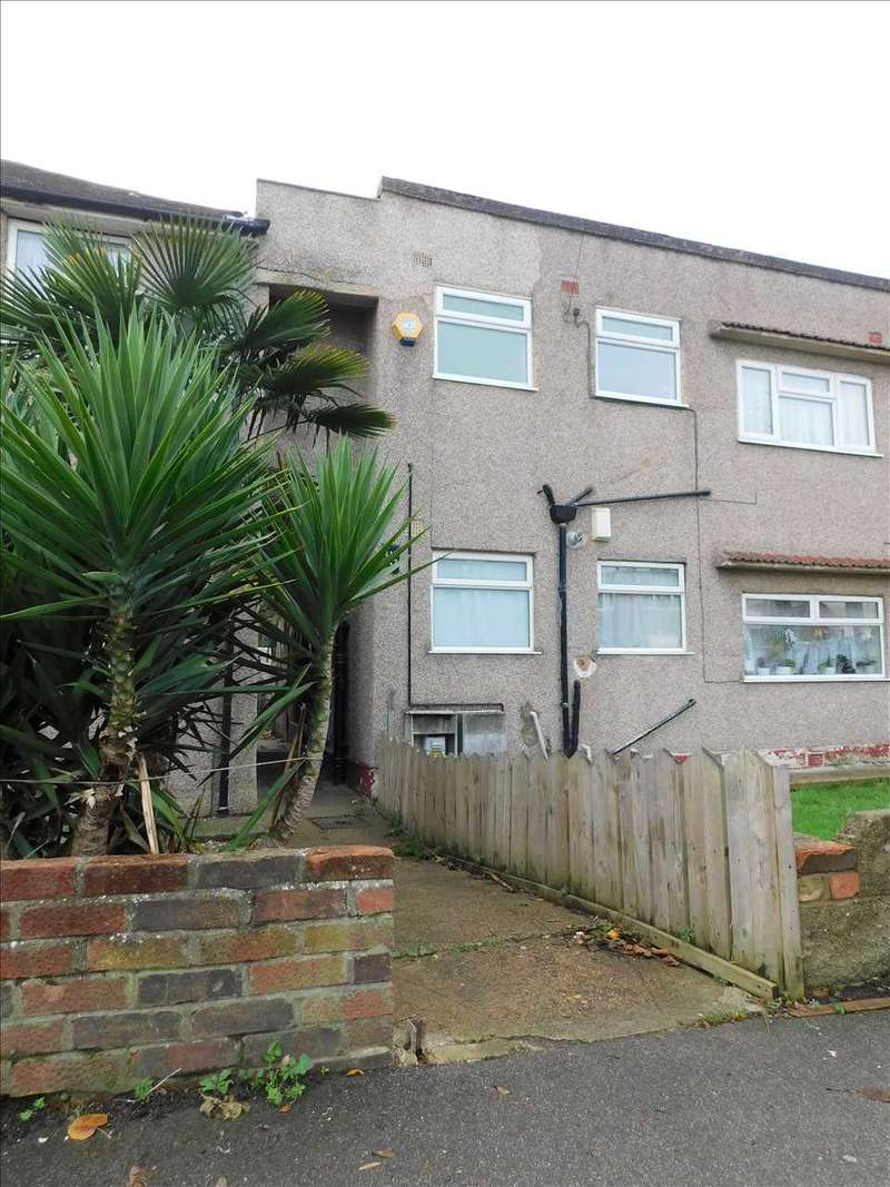 2 Bedrooms Apartment Flat for rent in St Marks Avenue, Gravesend